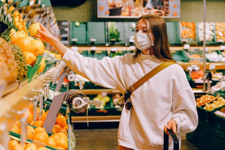 coronavirus volunteer shopping